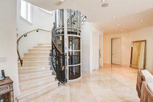 آسانسور پنوماتیک